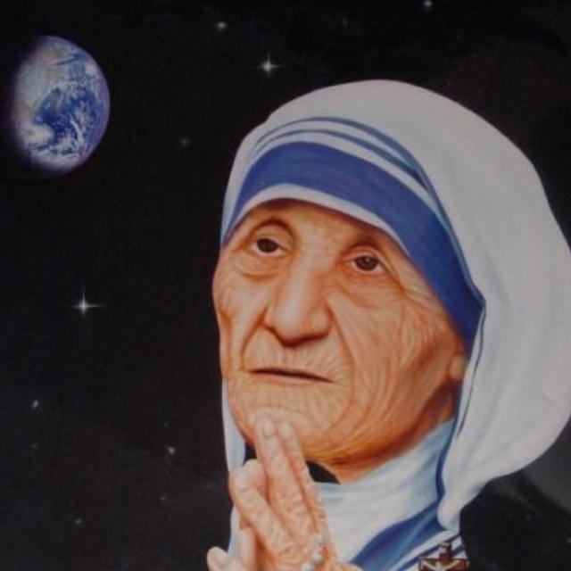 a found a hero in mother teresa of calcutta Blessed teresa of calcutta, or mother teresa, born agnes gonxha bojaxhiu was an albanian roman catholic nun who founded the missionaries of charity in ko.