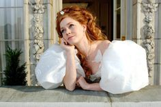 9 fashion observations we had while watching Enchanted   [ https://style.disney.com/news/2016/06/27/fashion-observations-enchanted/ ]