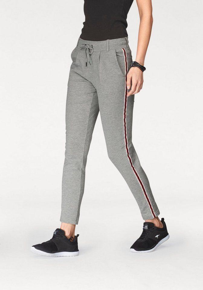 bd7cc735bb02 KangaROOS Jogger Pants mit seitlichem, aufgesetztem Galan-Streifen für  22,99€.