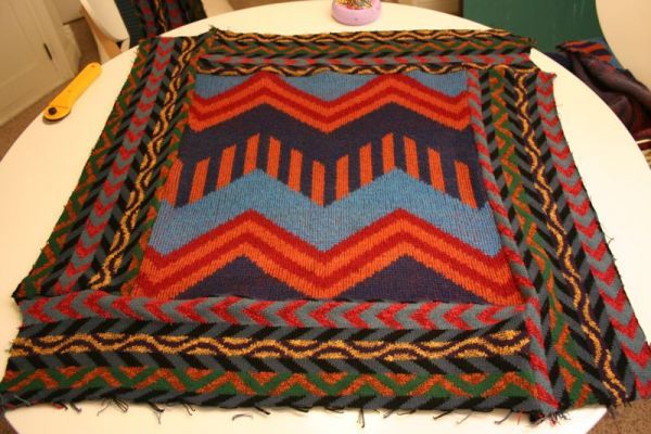 How to Turn '80s Sweaters into Fashionable Floor Cushions - CraftStylish