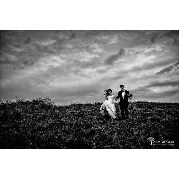 New Editor's Choice @mywed   www.cristians.ro . . #afterwedding #happy #smile #huffpostido #instawed #instapic #instagood #instalove #trashthedress #romaniawedding #targumures #Transylvania #Romania #nikon #d750 #nikond750 #bride #fun #traditional #villavinea #pin #joy #moment #villavinea #wineyard #ig_romania #thesecondshot #aotss