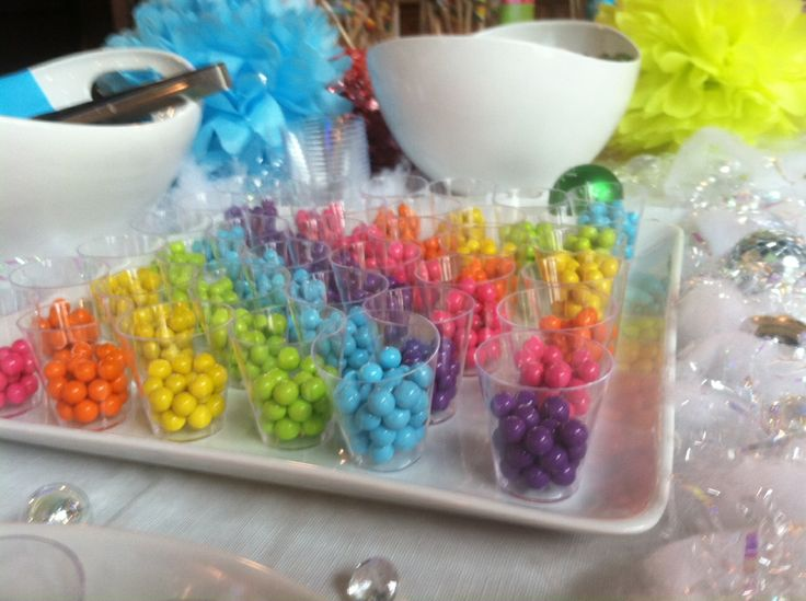 "Sweet rainbow treats and rainbow app games for your winter fun. Try ""Rainbow Catcher: Bubble Breaker""... https://itunes.apple.com/us/app/rainbow-catcher-bubble-breaker/id592063394?mt=8"