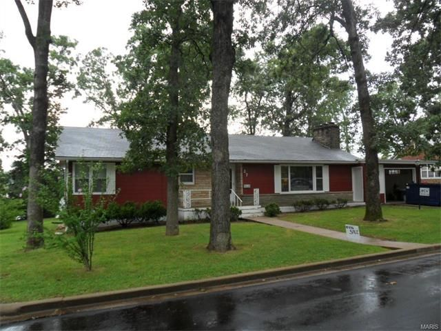 This Three Bedroom One Bath Home in nice subdivision has been very well taken care of and features a 15'4x29'10 Living room with natural gas rock fireplace, 11'4x11'2 Dining room, 18'2x10'8 Kitchen, 10'9x10'11, 10'0x15'2, & 11'0x13'5 Bedrooms, 9'0x7'1 Bathroom, 9'7x9'2 Utility room, 5'5x9'2 storage room, and a 12'3x20'5 garage. Natural gas forced air furnace and hot water heater, Central-Air, shingle roof, rock and asbestos siding in Salem MO