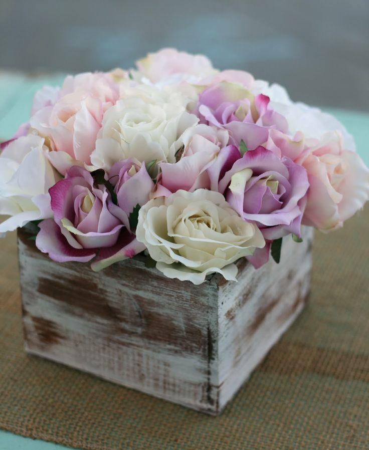 Google Image Result for http://2.bp.blogspot.com/-O5EZZTRAxzM/TipecHur9lI/AAAAAAAADWw/1vUMqro0UtA/s1600/099.JPG: Rose, Flower Bouquets, Wedding Ideas, Shabby Chic, Chic Rustic, Bouquet Wedding, Box, Flowers, Wedding Centerpieces