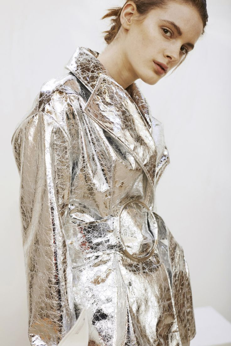 Contemporary Fashion - cracked silver coat; metallic fashion details // Rejina…