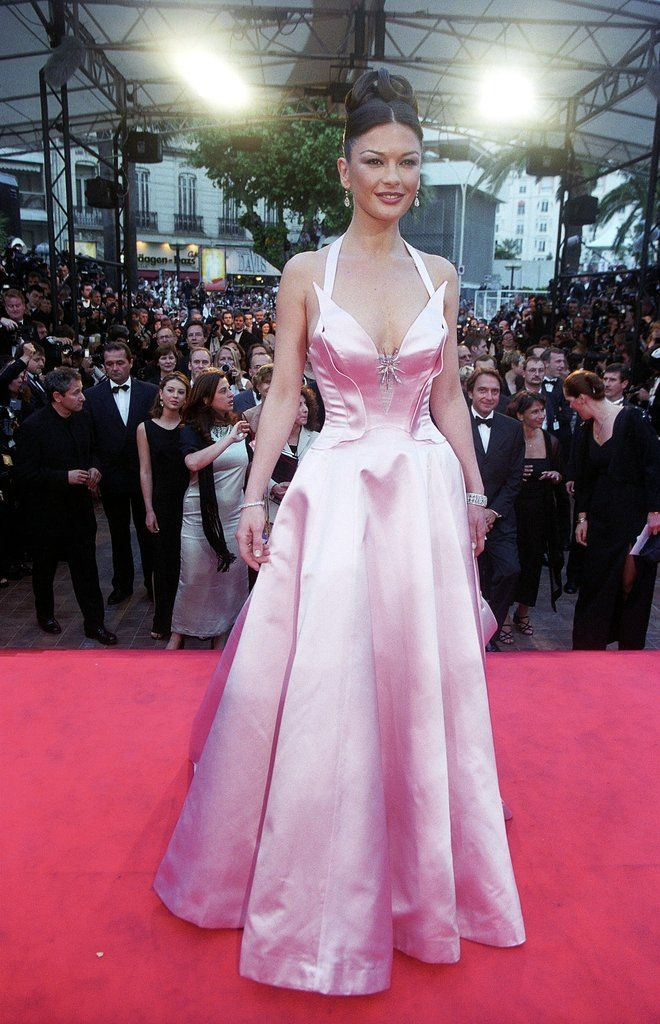 Catherine Zeta-Jones wore a pink gown for the 1999 Cannes premiere of her movie Entrapment.