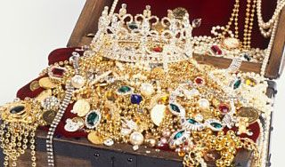 В индийском храме нашли мешки бриллиантов