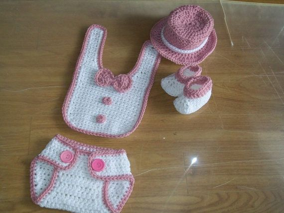 Newborn outfit that will make any new little lady the talk of the town. Complete set comes with finished Top hat, bib, booties and diaper cover. How posh will she look in her first time pictures for all to see.