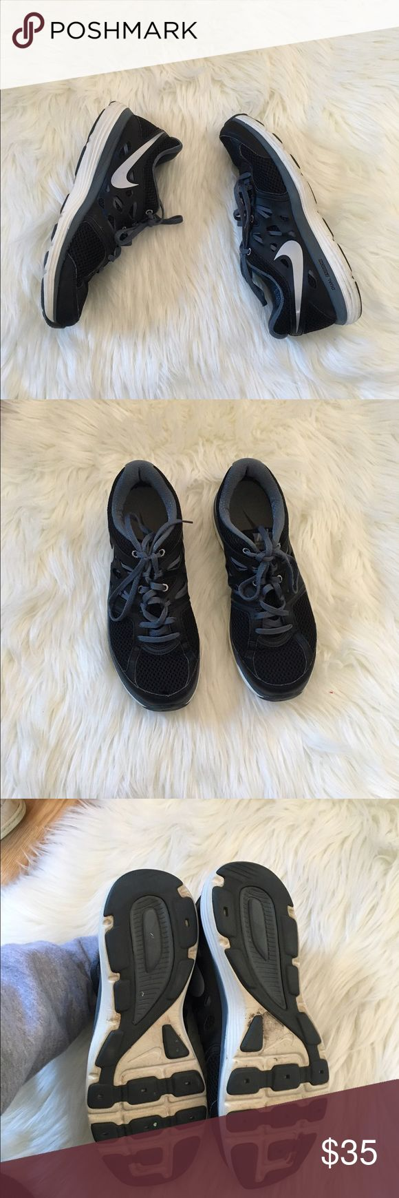 Nike Dual Fusion Lite Sneakers Excellent condition! Very little wear on these. Size 8.5 women's. NO TRADES PLEASE Nike Shoes Sneakers