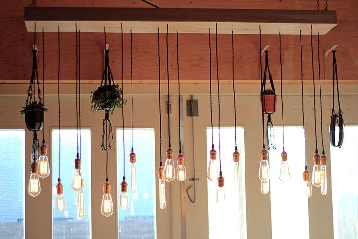 maat gemaakt lamp en is uniek in zijn soort, met maar liefst 21 bollen ...