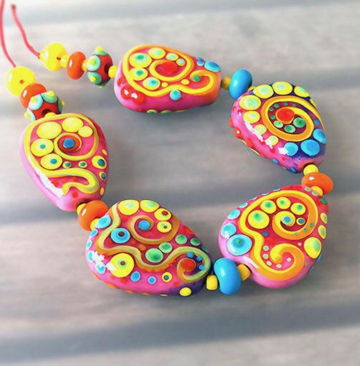 candy 5 handcrafted lampwork beads 8 spacer beads 2 tiny beads with dots