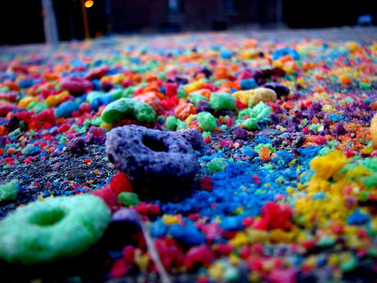 I love textures, and fruit loops.