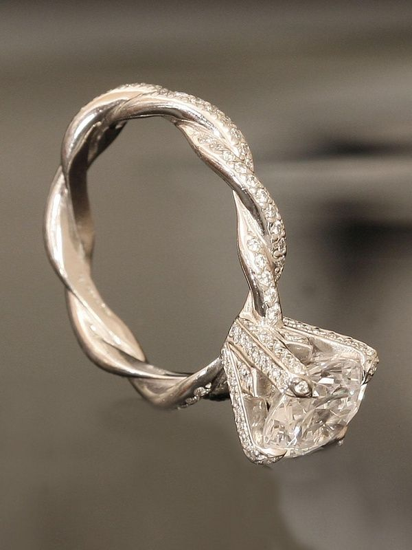 gorgeous twisted princess cut engagement ring - Wouldn't *ever* actually want this, but it's beautiful