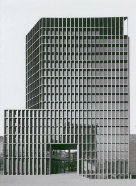 Carlos Ferrater, Office of Architecture in Barcelona (OAB), España