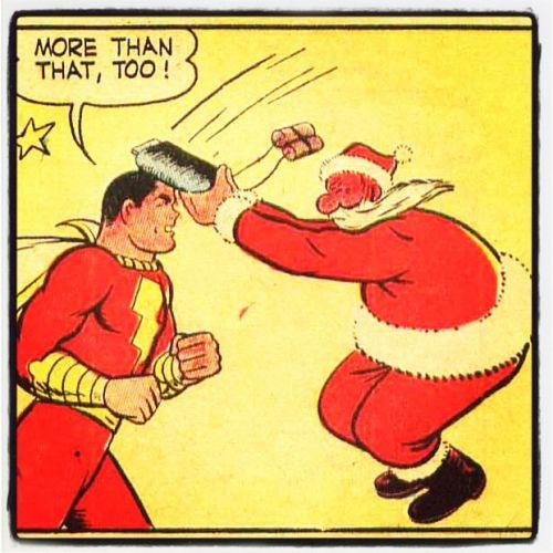Jultomten attackerar Kapten Marvel. Captain Marvel Adventures #19, 1943.