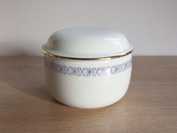 Vintage Sugar Bowl  / / Porcelain Sugar Bowl por tiendanordica, $31.00