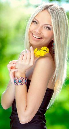 So zaubert Silizium schöne Haut, Haare und schöne Nägel: Silizium ist unentbehrlich für die Gesundheit des Körpers, schenkt Ihnen glänzendes Haar, feste Nägel, schöne Haut und ein straffes Bindegewebe ...