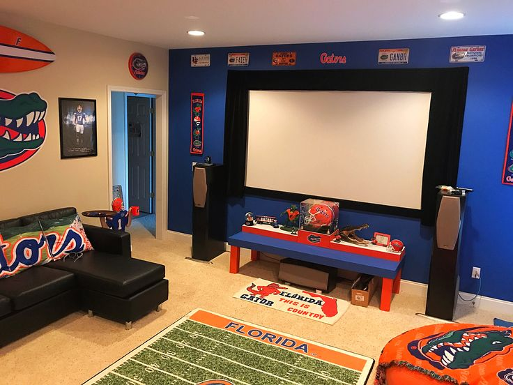 Pin By Mullis Gals On Florida Gator Man Cave Man Cave