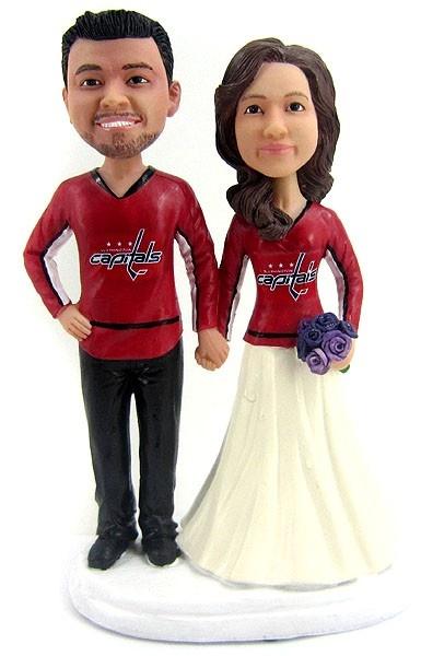 BobbleGr.am - Hockey Wedding Cake Toppers, $184.99 (http://www.bobblegr.am/hockey-wedding-cake-toppers/)
