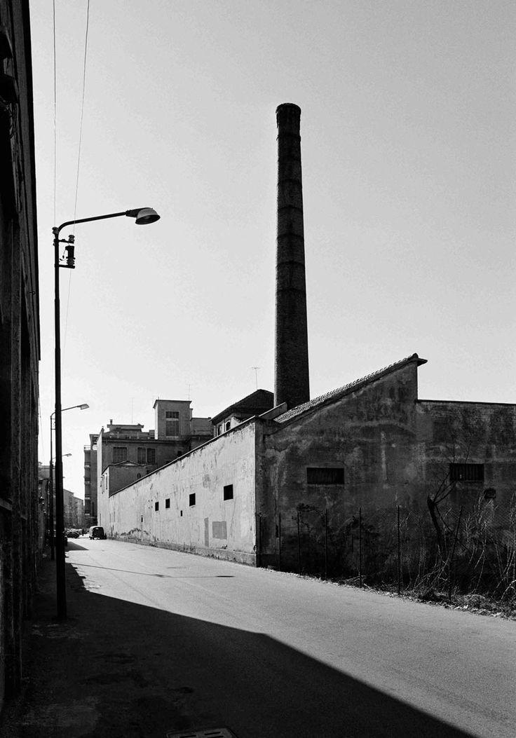Via Barletta, 1978-1980. - (Gabriele Basilico)
