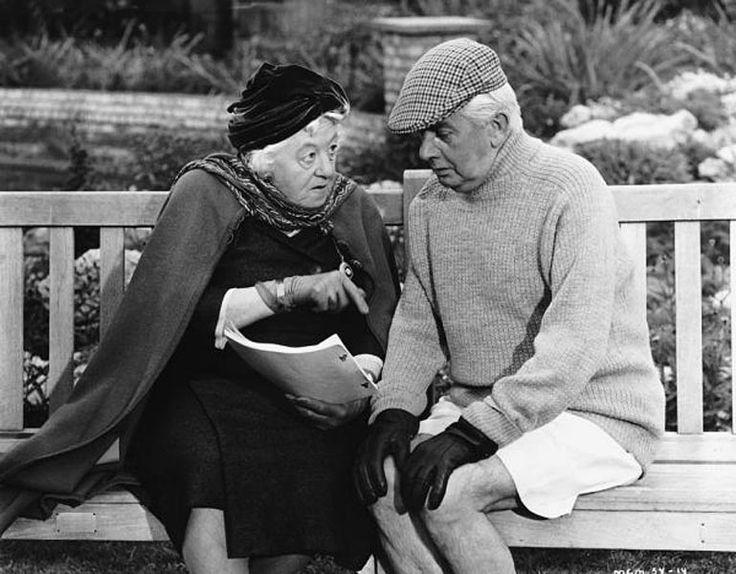MISS MARPLE + Mr. Stringer ... wie habe ich diese tollkühne, abenteuerlustige, kluge, schrullige Frauenfigur, gespielt von Margerete Rutherford geliebt!!! ... bis heute toll!