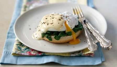 The classic eggs Florentine with hollandaise sauce and spinach
