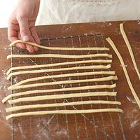 How to Make Homemade Noodles: Home Made Pasta Noodles, Homemade Eggs Noodles, Maine Dishes, Cooking Basic, Food Storage, Homemade Egg Noodles, Homemade Noodles, Homemade Pasta, Eggs Noodles Recipe