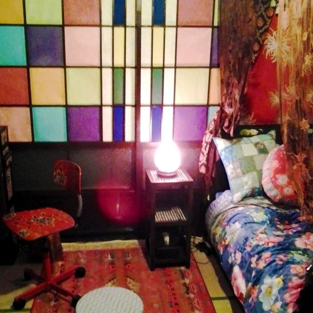 chitosebanaさんの、ベッド周り,畳,ピップスタジオ,大正ロマン,ヘルタースケルター,さくらん,カラフル障子の和室,なんちゃって天蓋ベッド,リメイク建具,のお部屋写真