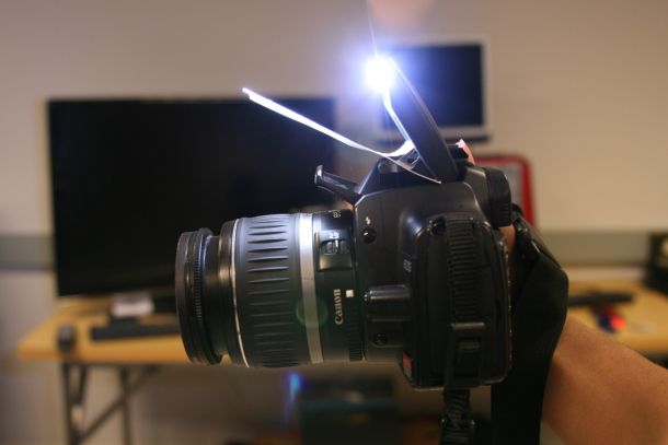 How to make a super simple bounce flash for your dSLR. http://cnet.co/MjEa5Z