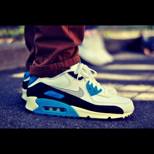 nike air max 90 with joggers