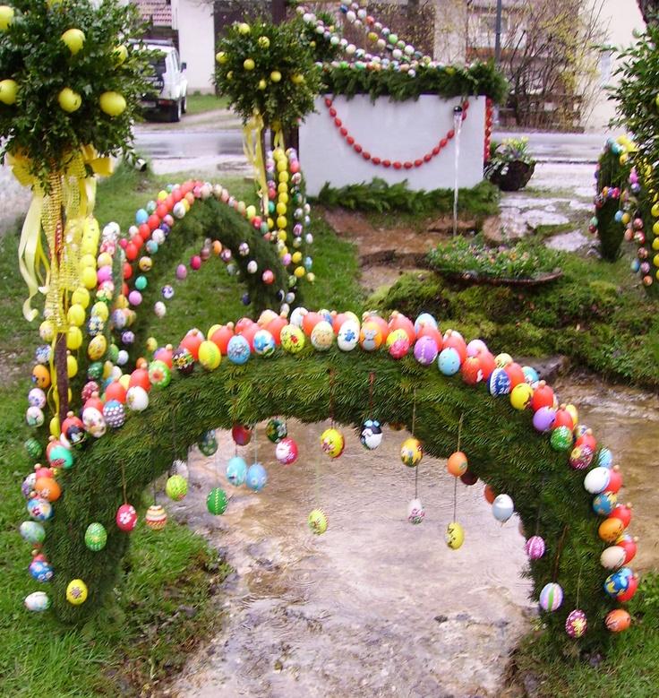 Osterbrunnen (Easter Well)