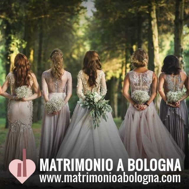 Matrimonio a Bologna è uno spazio virtuale e reale dedicato alla future spose che amano il mondo crafty e il fai da te ma non solo! Si rivolgeanche agli appassionati di decorazione floreale e a ch…