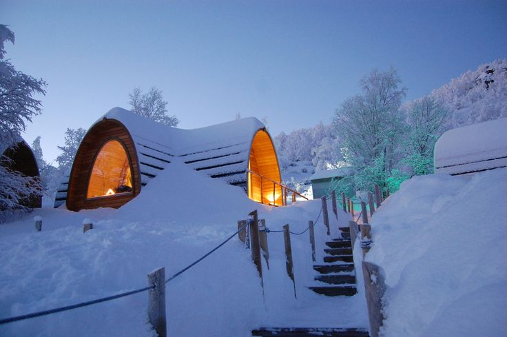 1000 images about camping pods from log cabins lv on for Kirkenes snow hotel gamme cabins