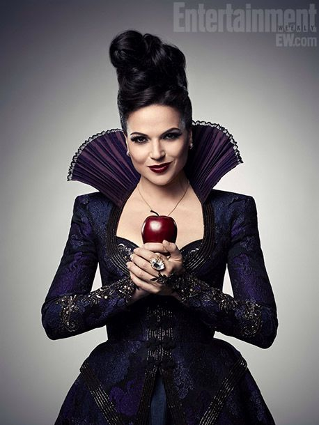 I love her make up look!!! its HOT DAMN worthy!!  Once Upon a Time's Lana Parrilla (aka the Evil Queen)