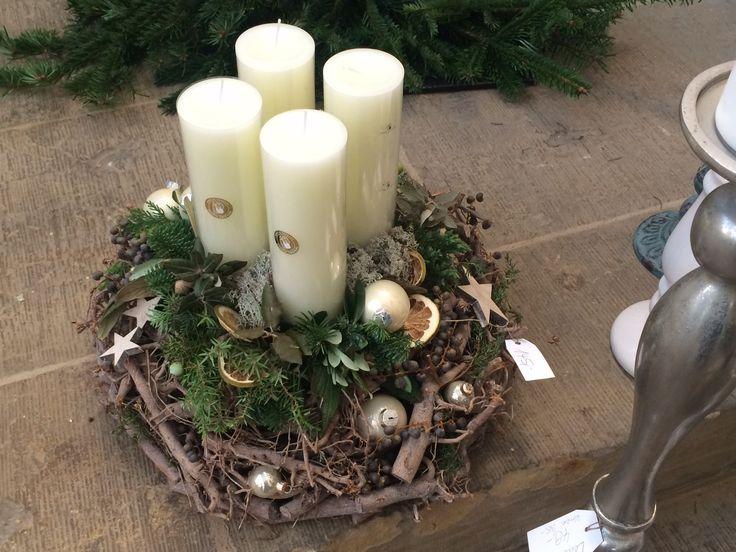 Adventskranz mit Naturmaterialien -  Adventsausstellung & Weihnachtsausstellung Angela Lanz für Floristik in Erfurt 2014