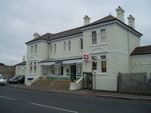 West Worthing Railway Station (WWO) in Worthing, West Sussex