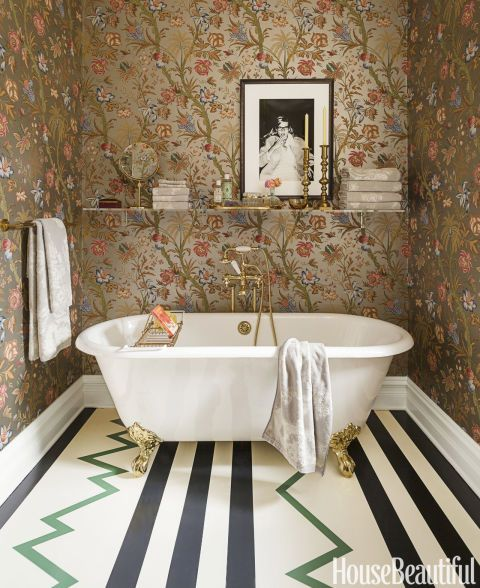 Using Bold Colors In The Bathroom: Wallpapers, UX/UI Designer And Colorful Bathroom