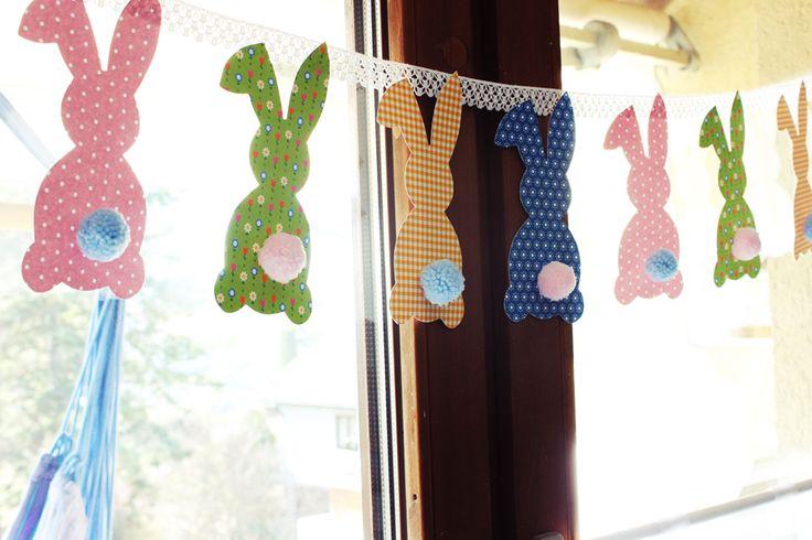 Jedes Jahr ist es eine schöne Tradition für Kinder und Erwachsene: das Basteln zu Ostern. Ob Osterhase, Osterkranz, Osternester ode...