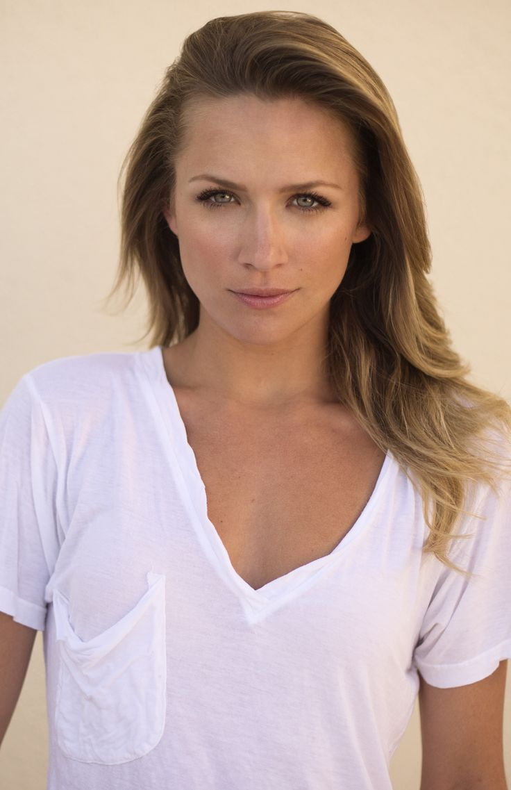 Shantel VanSanten as Sarah from these is my words PERFECT