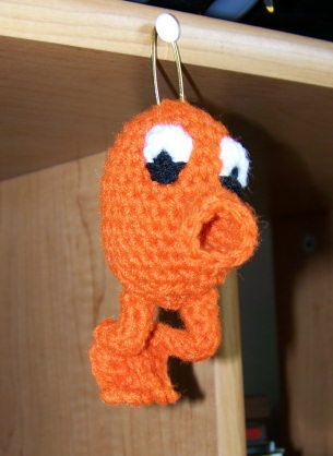 ami Q*Bert with pattern! - CROCHET...gonna try making this for a friend who has been calling her baby-to-be Q*Bert