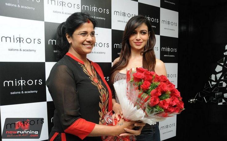 Simran Kaur Mundi at Mirrors 3rd Anniversary