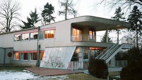 Schminke House / Hans Scharoun