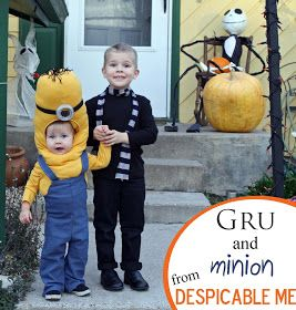Running With Scissors: Gru and Minion Halloween Costume and look at jack on the porch!