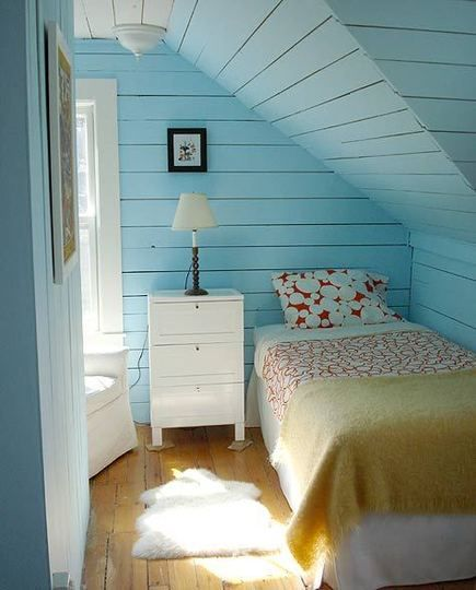 This is okay as long as there's sun in my room. : Blue Rooms, Small Bedrooms, Attic Bedrooms, Blue Wall, Blue Bedrooms, Attic Rooms, Small Spaces, Guest Rooms, Young Girls