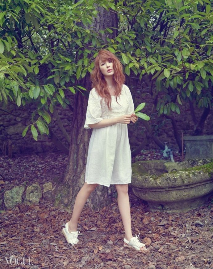 Yoon Eun Hye Is A Dreamy Fairy For Vogue Korea's April 2015 Issue | Couch Kimchi