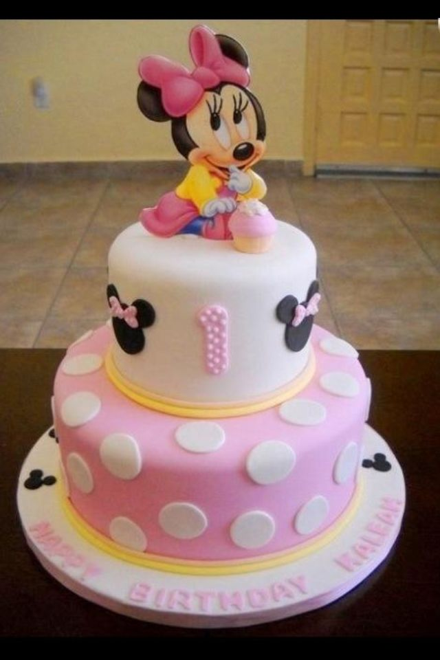 Baby Minnie St Birthday Cake