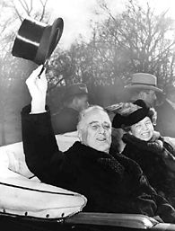 Franklin and Eleanor Roosevelt return to the White House after FDR was inaugurated for a third term on January 20, 1941. (Roosevelt Library)