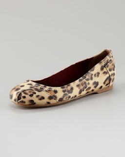 Leopard toms...would pair with BRIGHT skinny jeans. Love em