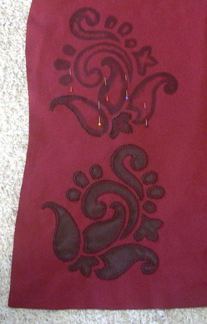 Red/Brown Paisley T-Shirt, B