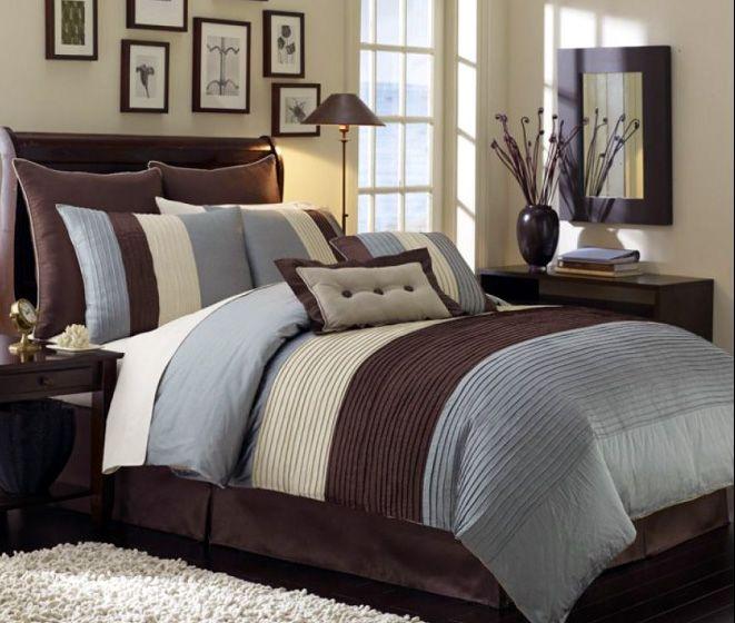 master bedroom idea. Love the comforter.